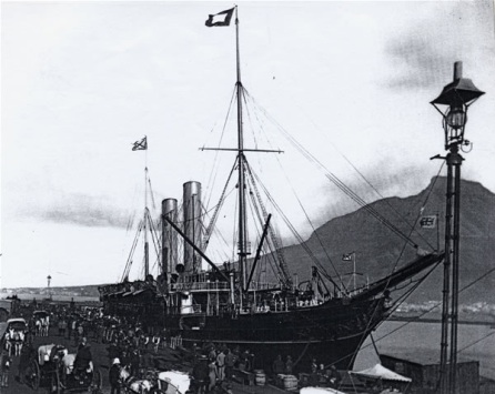 Table Bay Harbour illuminated from April 1882